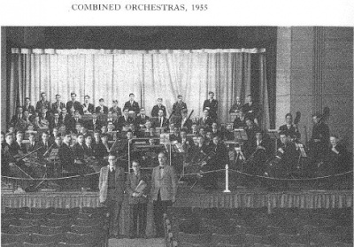 dennis_bloodworth_-_combined_orchestras_400