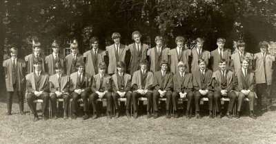 tiffin1972juniorprefects_small_400